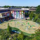 Childrens museum large splash pool